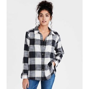 AE Soft Boyfriend Plaid Shirt
